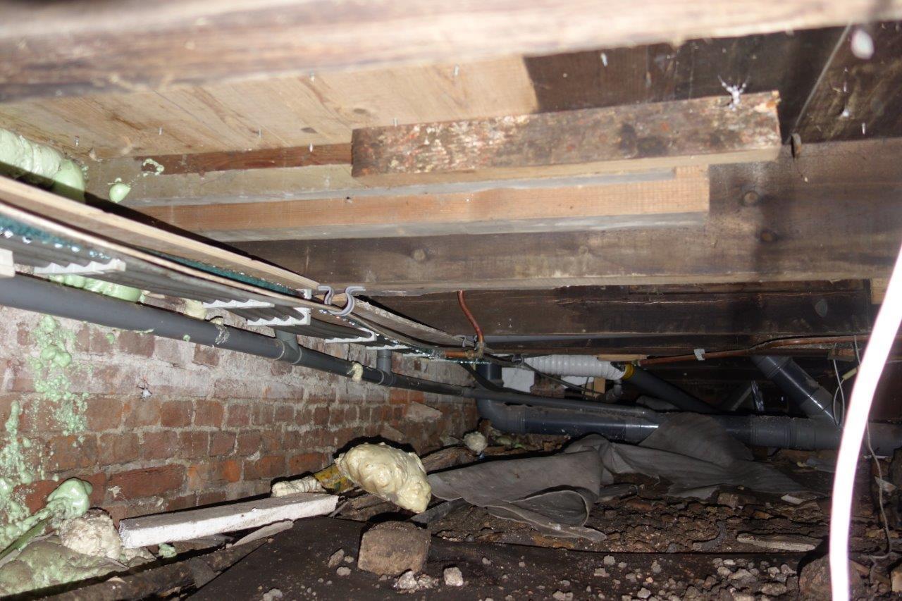 Condens aanslag houten vloer